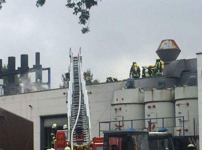 Einsatz Dinslaken Lanterstraße Feuerwehr Moers