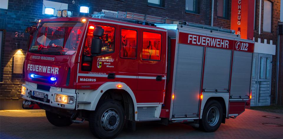 Feuerwehrfahrzeug Feuerwehr Moers